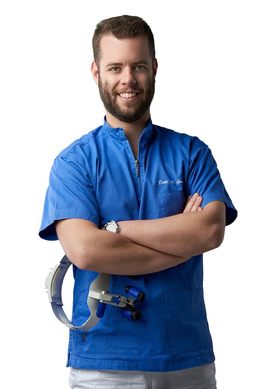 Dott. Riccardo Guazzo Odontoiatria, Odontoiatra, Dottore in Ricerca, Ortognatodonzia